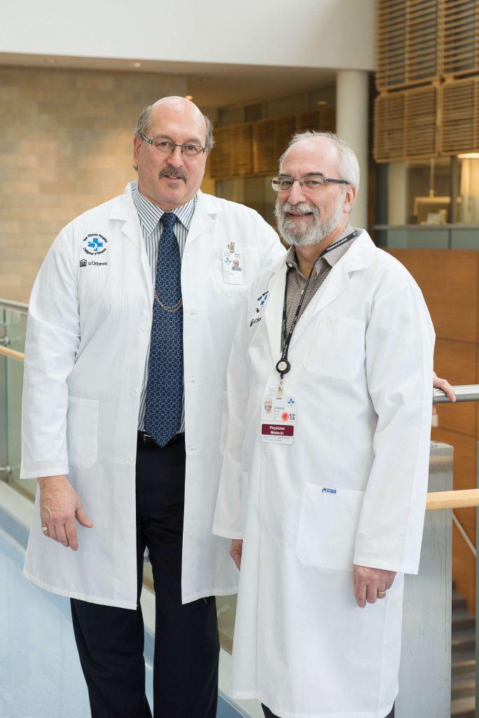 Les Drs Harold Atkins et Mark Freedman