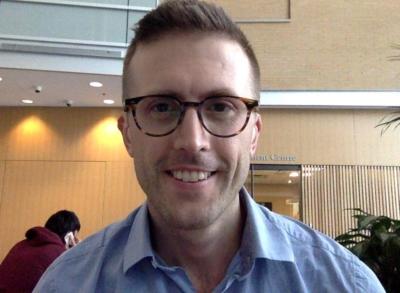 Dr.Derek MacFadden
