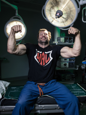 Devon Larratt double arm flex